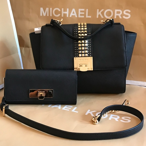 3455be345f582e Michael Kors Bags | Authentic Tina Md Th Satchelwallet | Poshmark